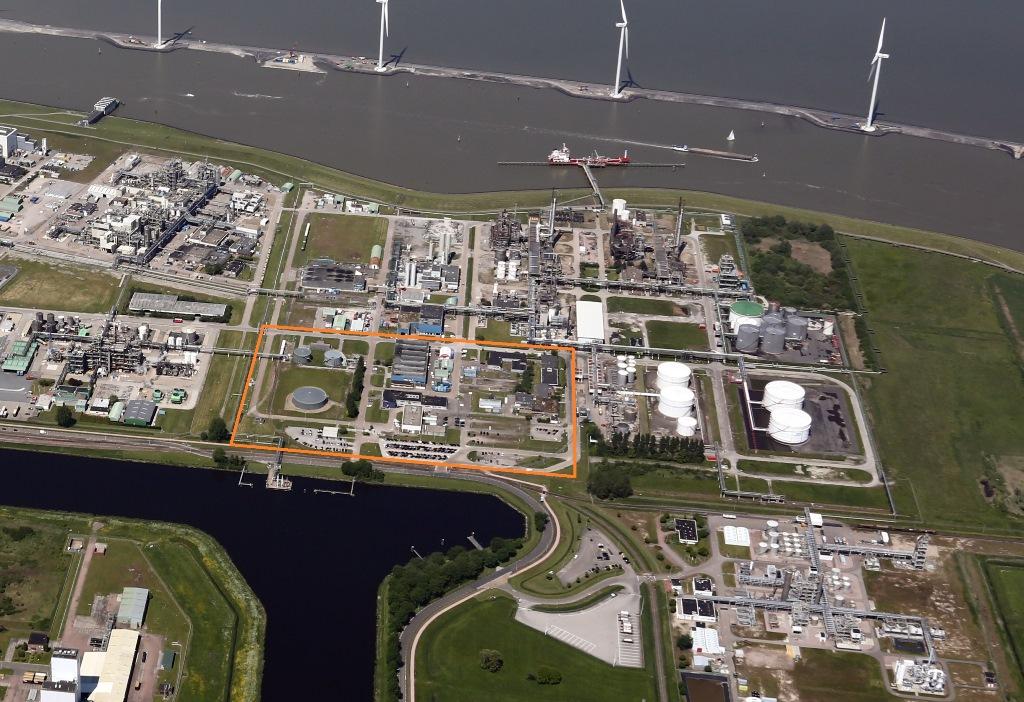 De vestiging van ChemCom Industries op het industrieterrein Oosterhorn in Delfzijl