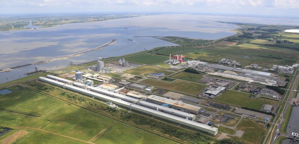De aluminiumfabriek van Klesch Aluminium Delfzijl maakt een officiële herstart