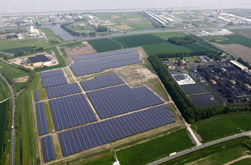 The largest solar energy park of the Netherlands in Delfzijl generates green energy for the data centre of Google in Eemshaven