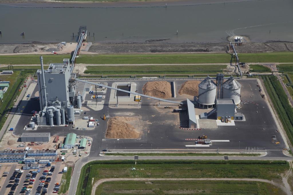 De bio-energiecentrale Eneco Bio Golden Raand in Delfzijl