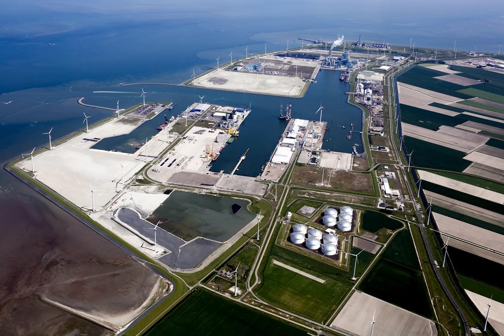 De Eemshaven wordt in het plan van TenneT als een belangrijk schakelpunt gezien voor de offshore windindustrie