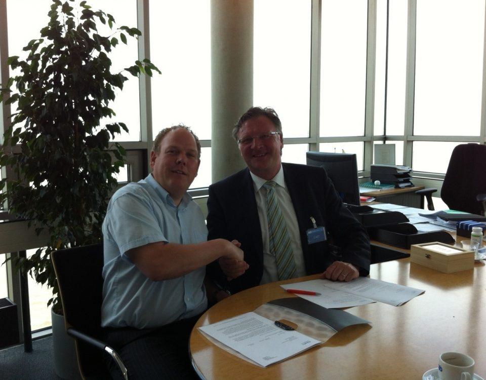 Op de foto, v.l.n.r. Wilbert Boneschansker en Ed Schwering.